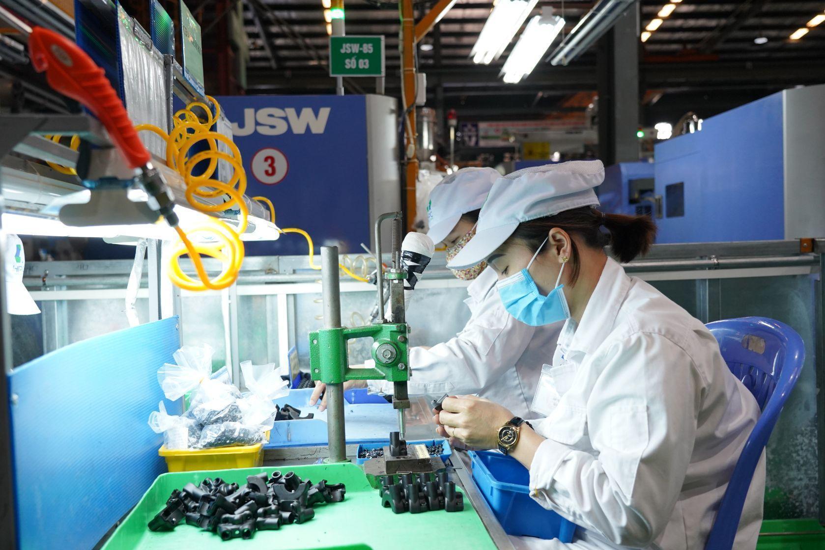 Công ty CP Nhựa Hà Nội tuyển nhiều vị trí trong tháng 6/2020